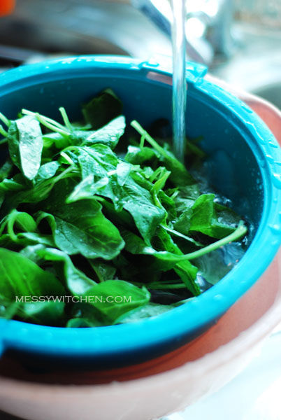 Rinse Chinese Spinach