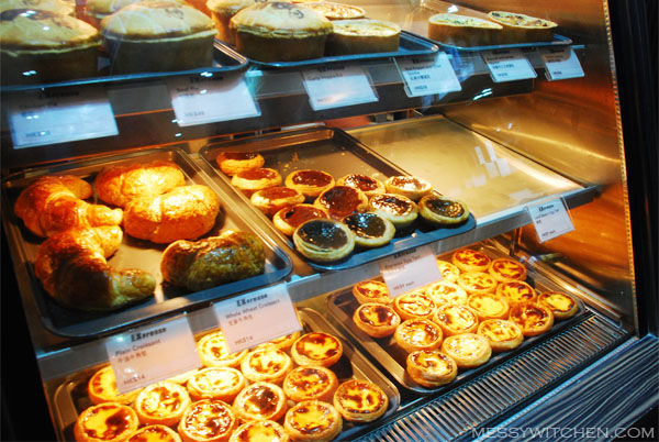 Egg Tarts Galores @ Lord Stow's Bakery, Expresso, Excelsior Hotel, Hong Kong