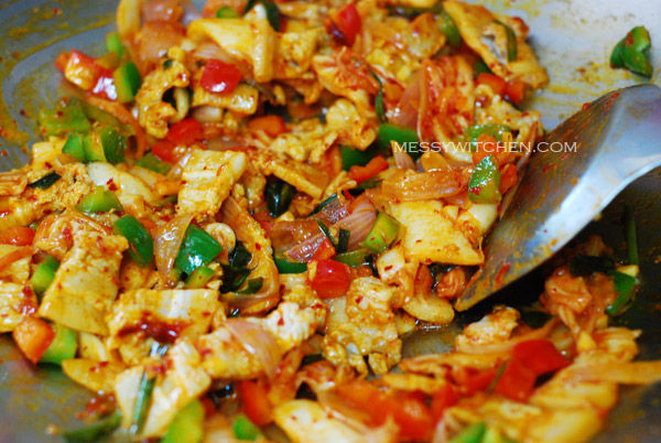 Stir-Fry Kimchi With Ingredients For A Minute