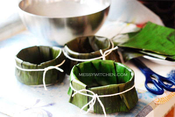 Line Tins With Banana Leaf