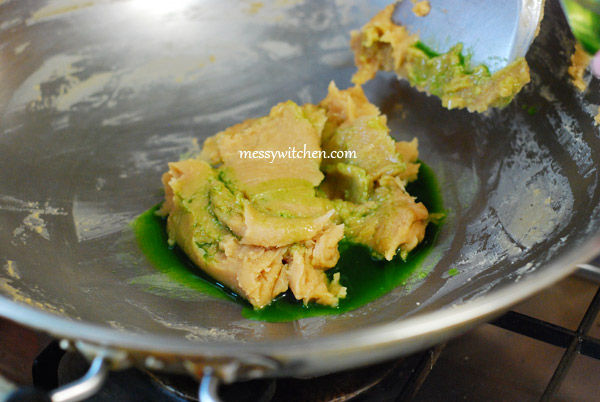 Add Lotus Seed Paste With Pandan Juice