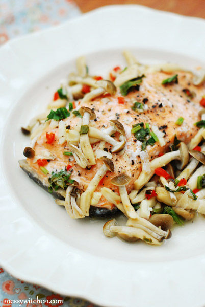 Healthy Steamed Salmon With Mushrooms