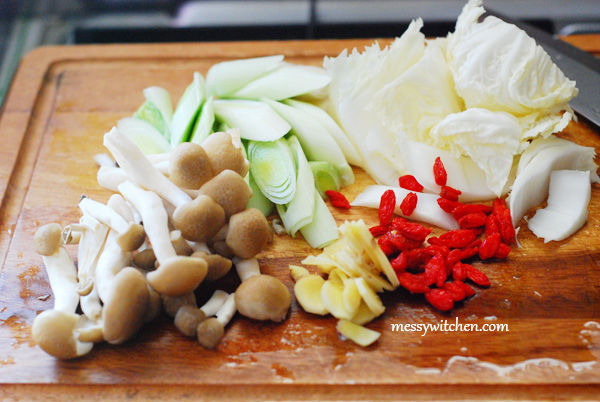 Ingredients For Braised Chicken With Mushrooms Hot Pot