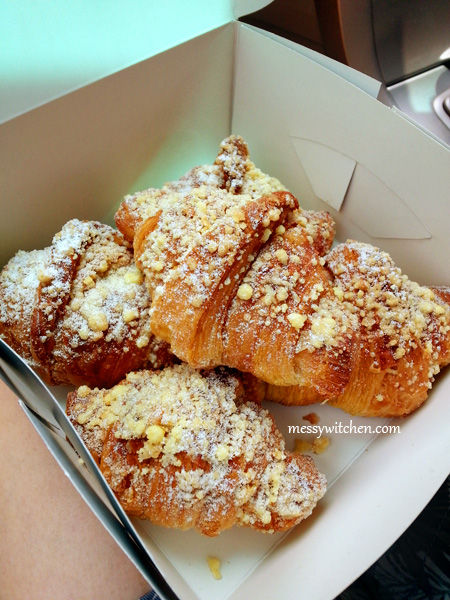 Mini Molten Egg Yolk Custard Croissant @ Le Bread Days, SS2, Petaling Jaya